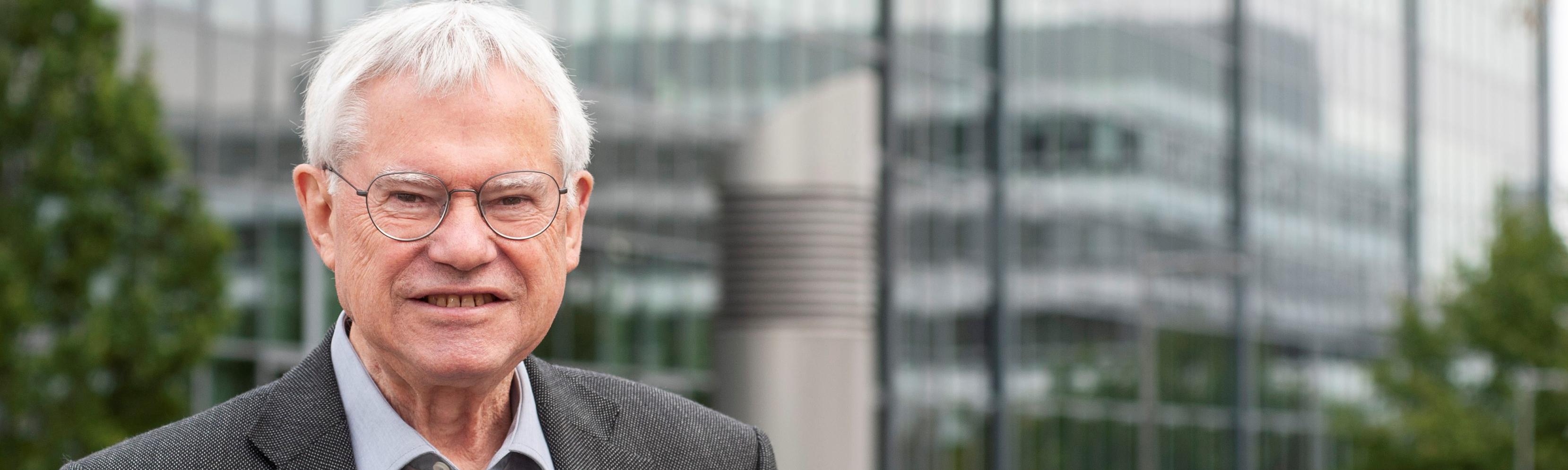 Ehrensenatorwürde für Professor Dr. Alfred Pühler