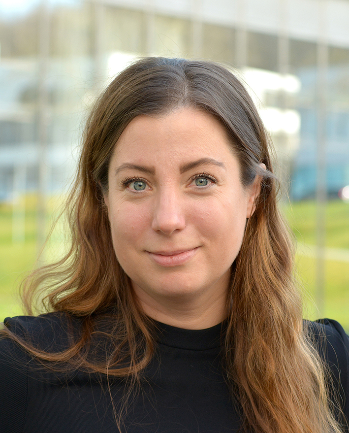 Juniorprof'in Dr. Charlotte Schmitt-Leonardy, Foto der Person