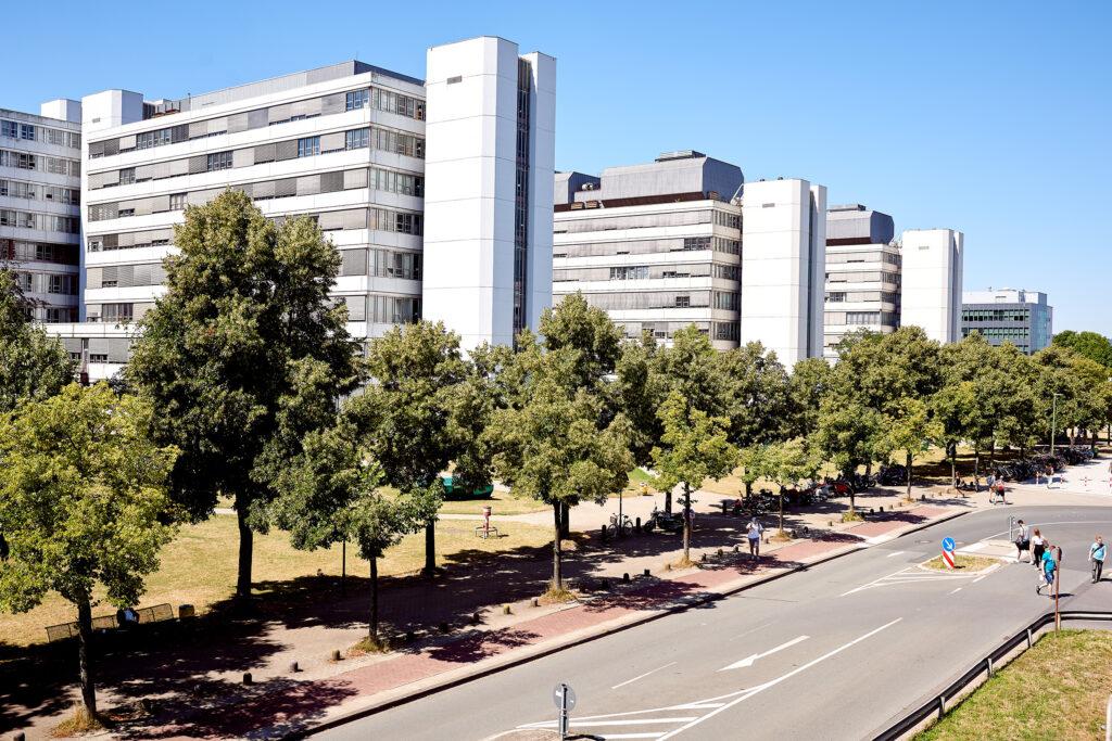 Imagebild Gebäude der Universität